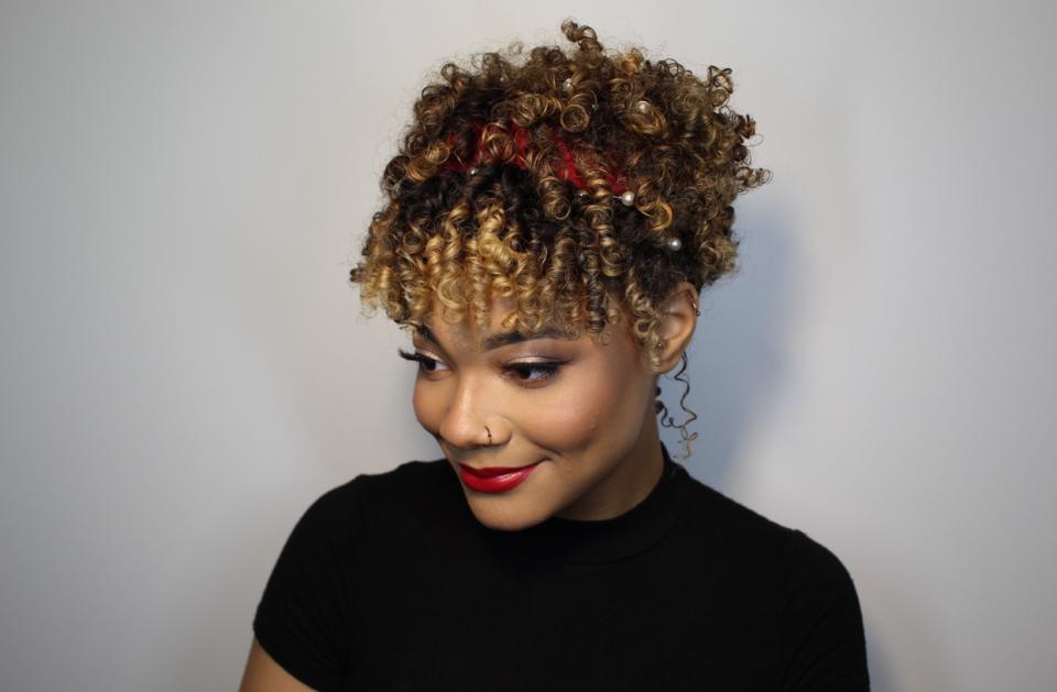 matrix holiday curls lead