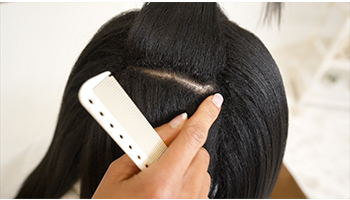 Relaxer-on-textured-hair-parting