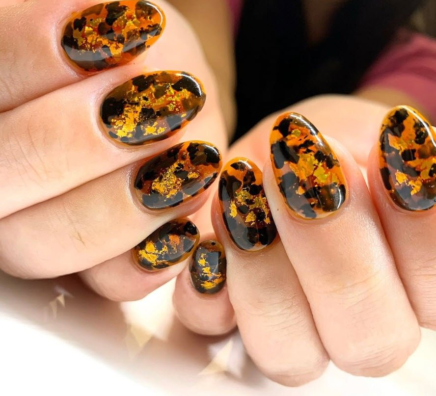 Tortoise nails @nailthoughts