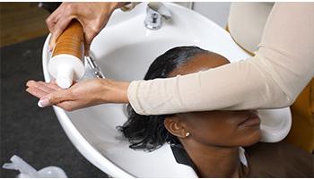 relaxer-mizani-fortifying-treatment-application